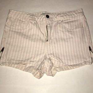 Forever 21 pink and white striped shorts